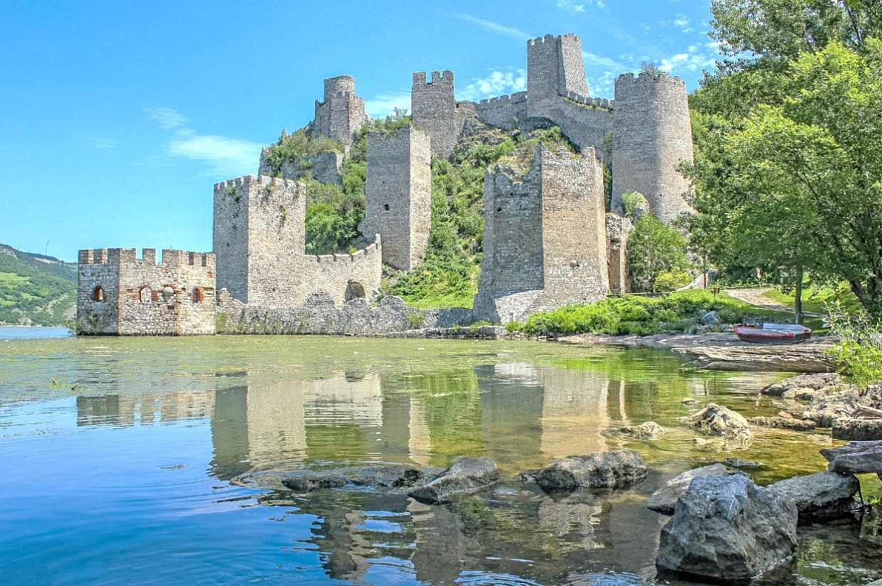 Golubac, Serbia, Click for Serbia, click for serbia, medieval fortress of Golubac
