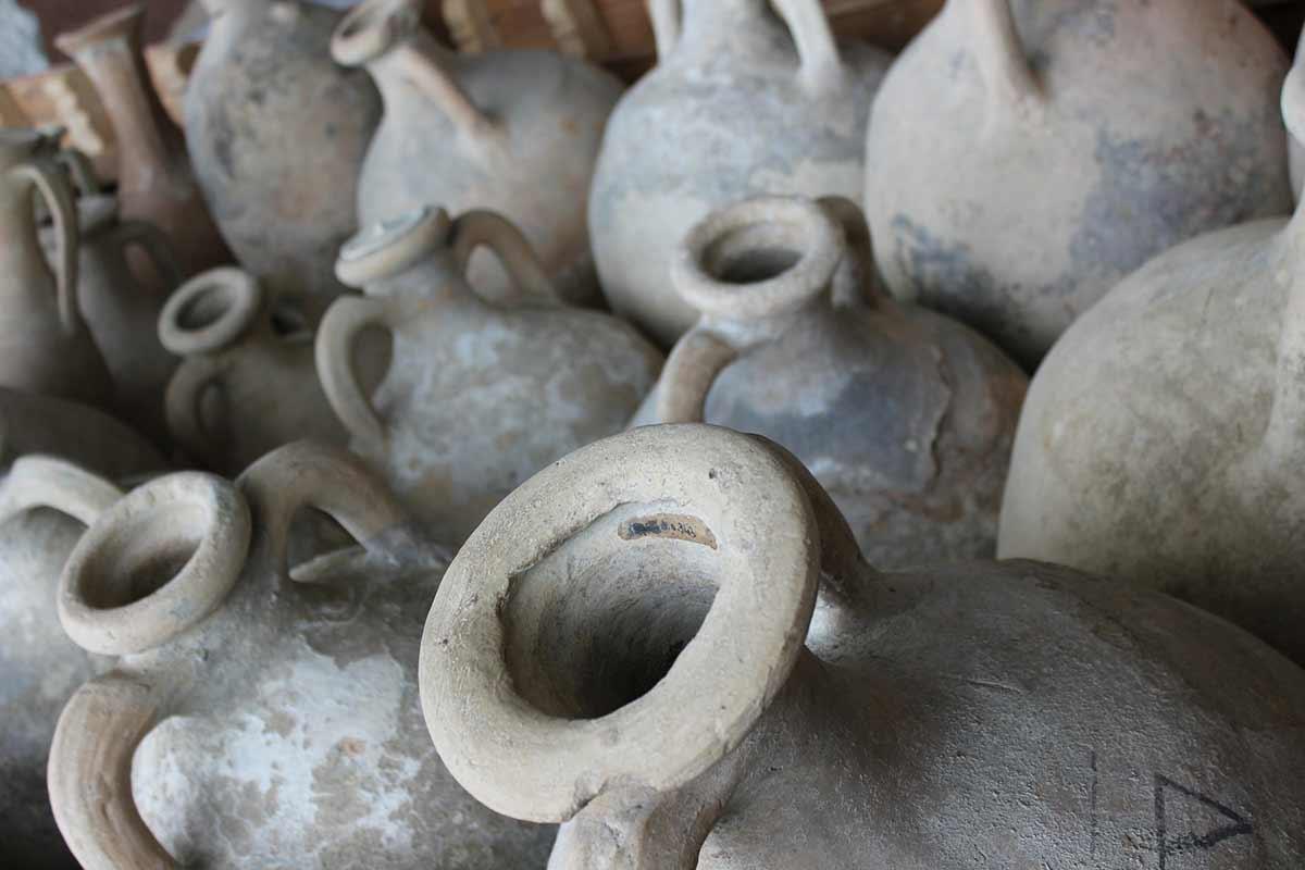 Winemaking in Serbia, amphora, wine