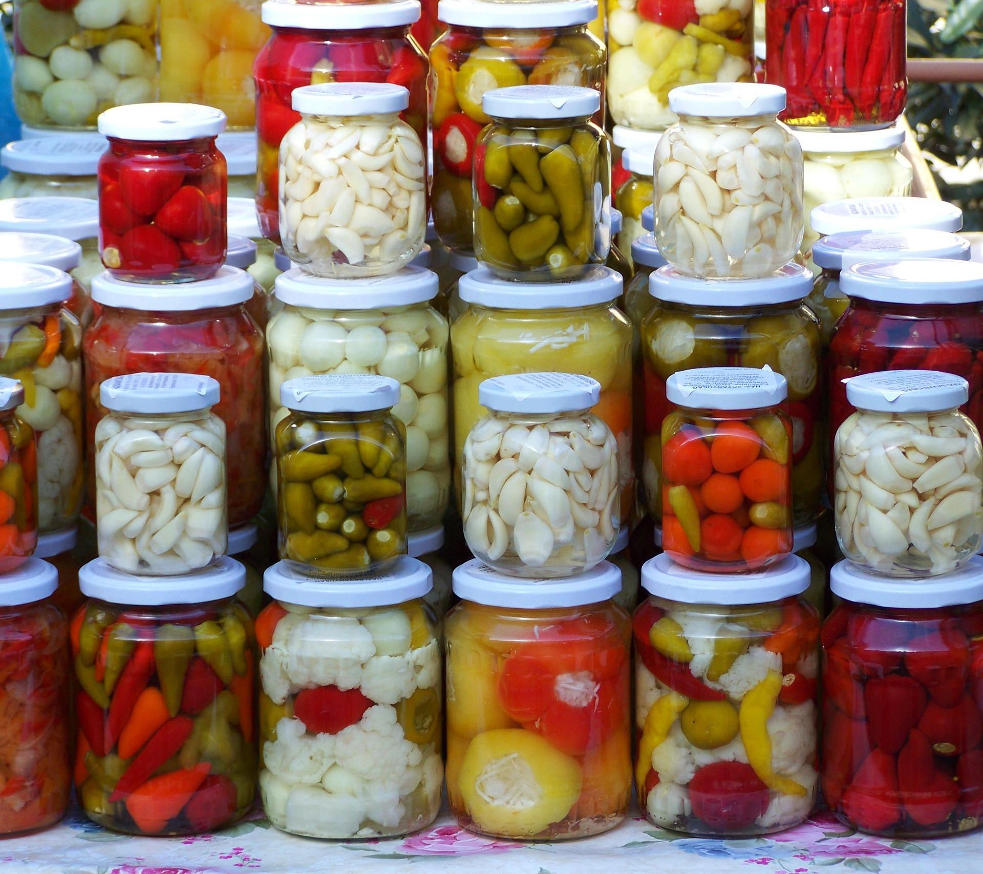 pickled-vegetables-2110970_1920
