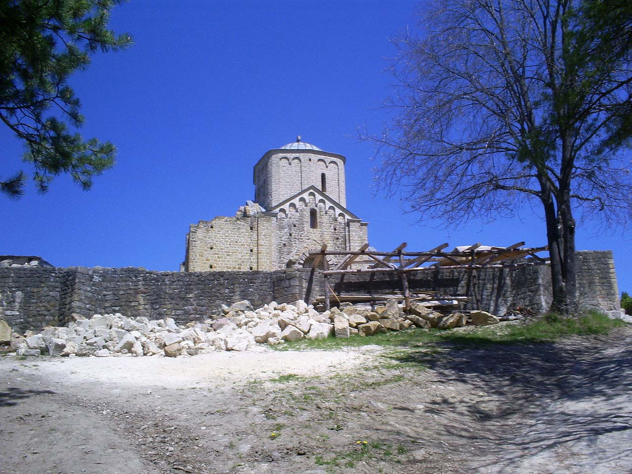 Serbian medieval architecture